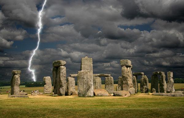 Stonehenge sous l'orage