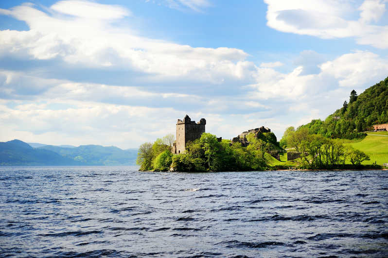 Le Loch Ness et le chateau de d'Urquart