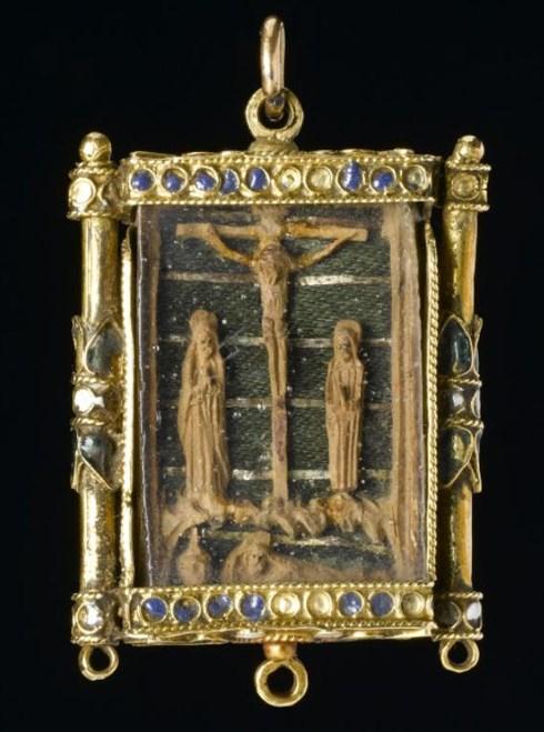 Pendentif crucifix Marie Stuart
